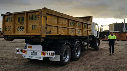 Skip Hire Truck in Keilor